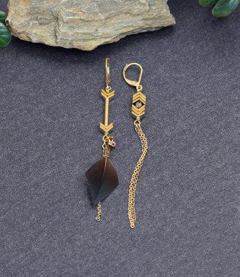 Boucles d'oreilles bronze-dores asymétriques