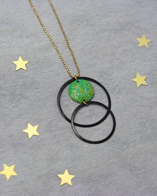 Sautoir cercles noirs